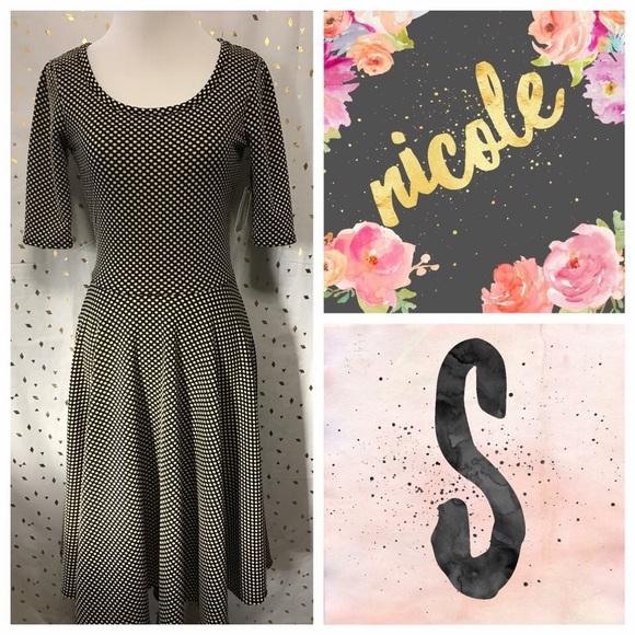 LuLaRoe Dresses & Skirts - LuLaRoe Nicole dress - NWT